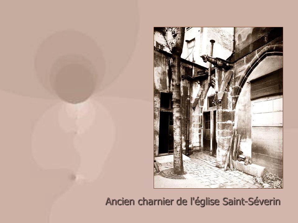 Ancien charnier de l église Saint-Séverin