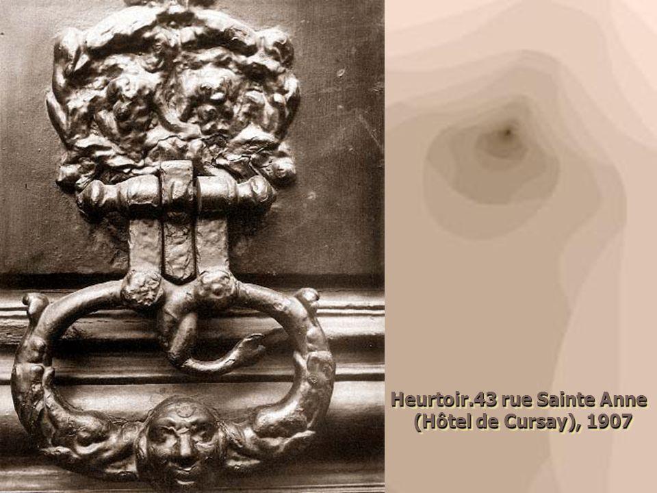 Heurtoir.43 rue Sainte Anne