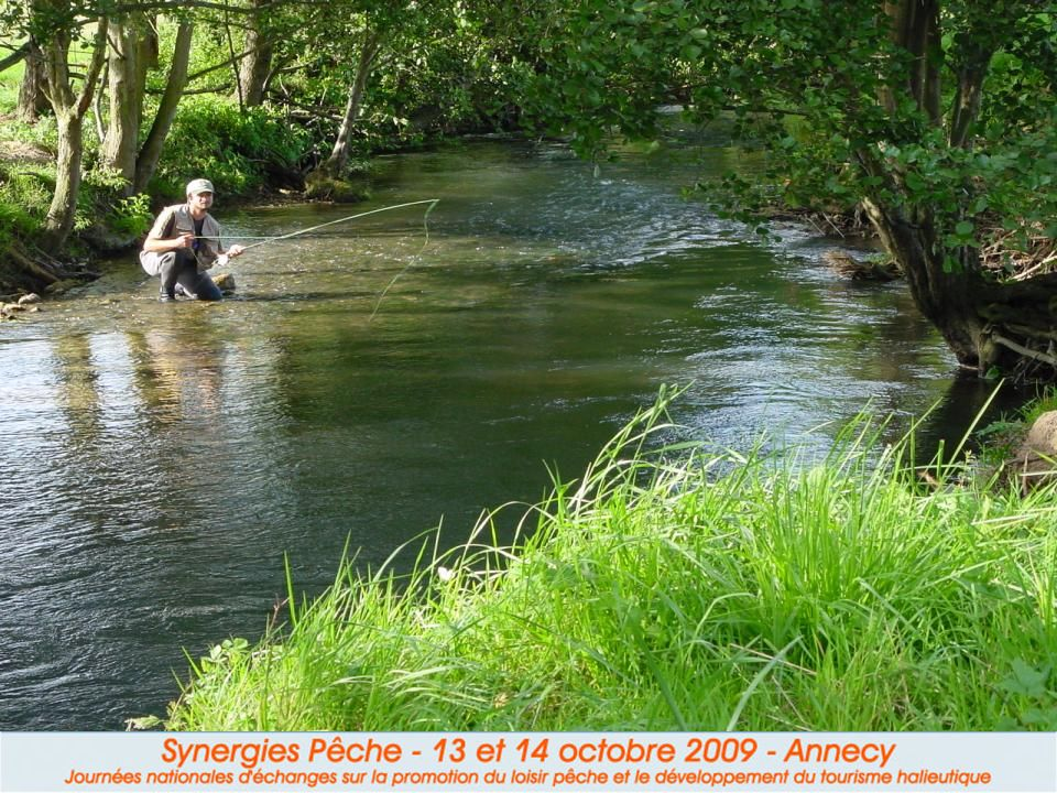I.2 Le pêcheur sportif Son loisir de prédilection : carnassiers, truites, carpes et les pêcheurs au coup.