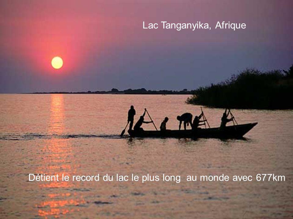 Détient le record du lac le plus long au monde avec 677km