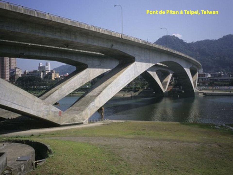 Pont de Pitan à Taipei, Taiwan