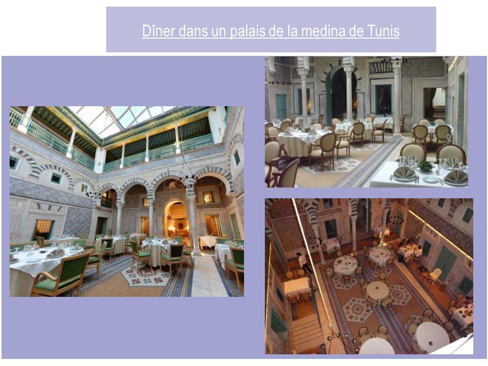 Dîner dans un palais de la medina de Tunis