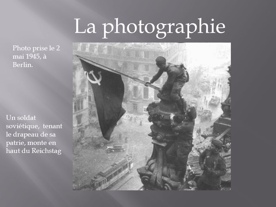 La photographie Photo prise le 2 mai 1945, à Berlin.