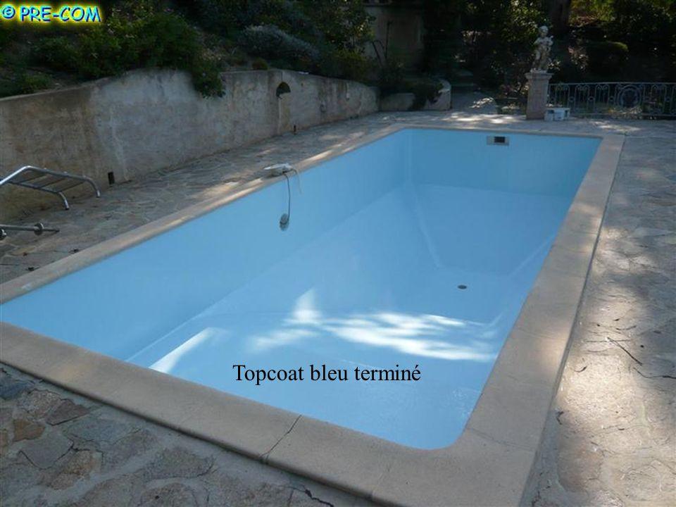 Topcoat bleu terminé