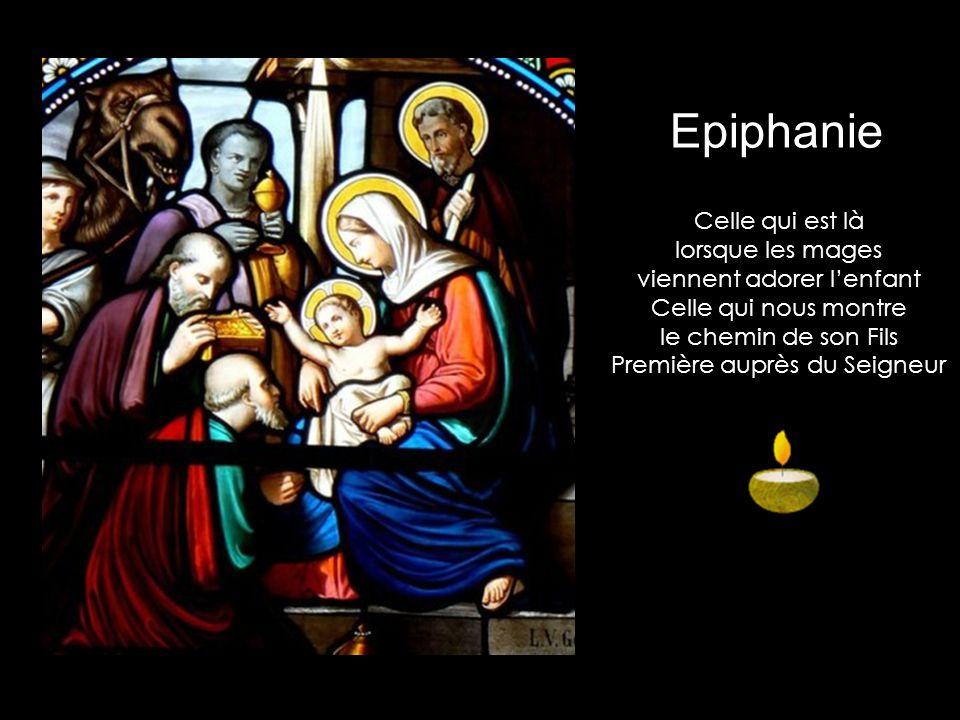 Epiphanie Celle qui est là lorsque les mages viennent adorer l'enfant