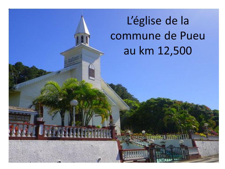L'église de la commune de Pueu au km 12,500
