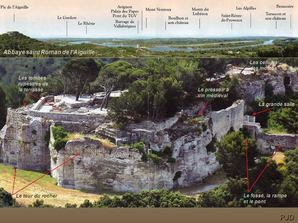 PJD Abbaye saint Roman de l'Aiguille Les cellules des moines