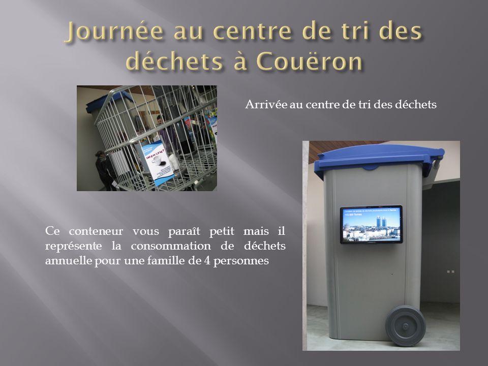Journée au centre de tri des déchets à Couëron