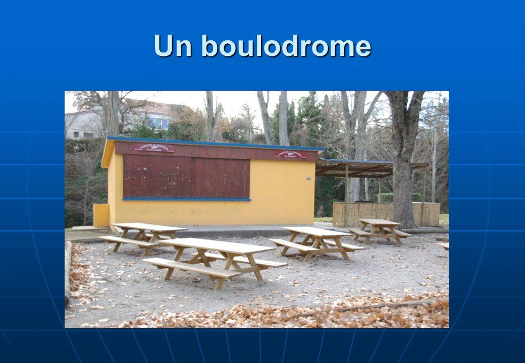 Un boulodrome