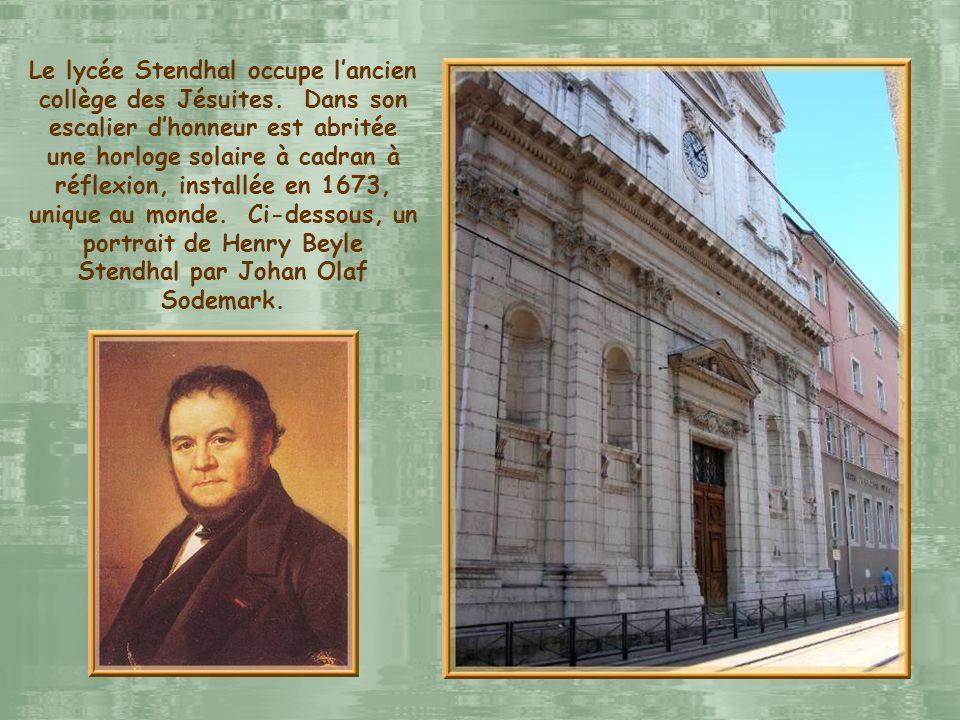 Le lycée Stendhal occupe l'ancien collège des Jésuites