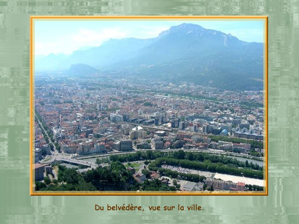 Du belvédère, vue sur la ville.