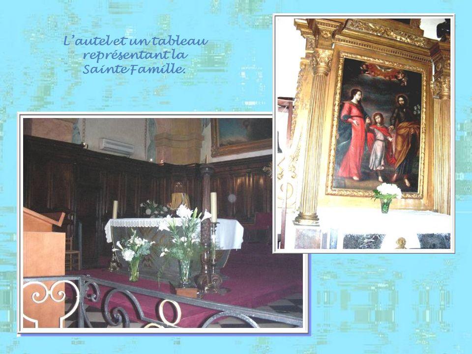 L'autel et un tableau représentant la