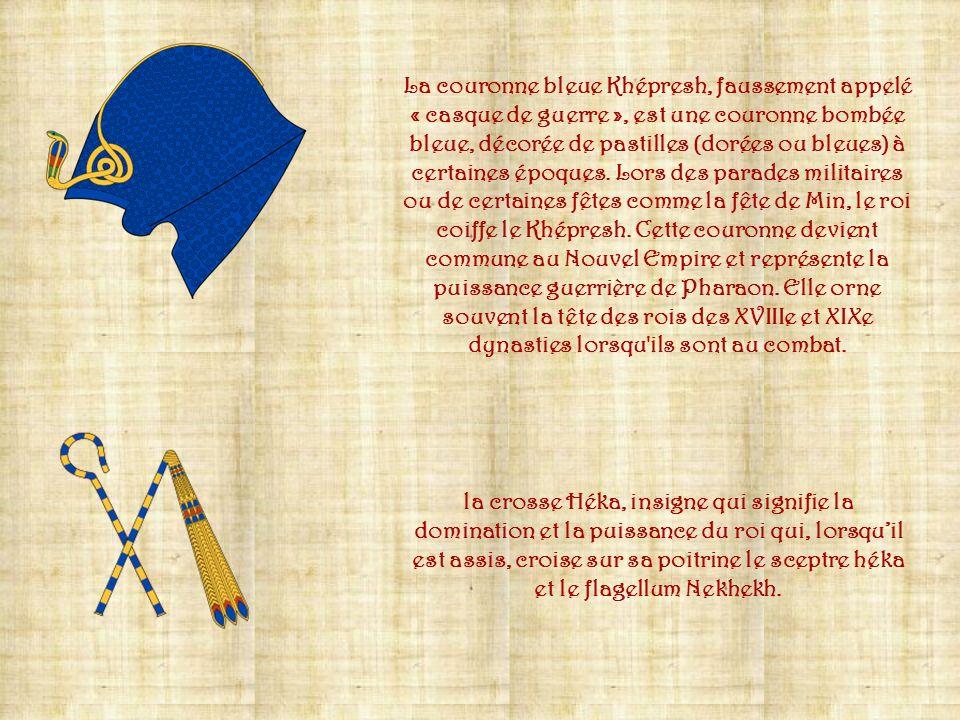 La couronne bleue Khépresh, faussement appelé « casque de guerre », est une couronne bombée bleue, décorée de pastilles (dorées ou bleues) à certaines époques. Lors des parades militaires ou de certaines fêtes comme la fête de Min, le roi coiffe le Khépresh. Cette couronne devient commune au Nouvel Empire et représente la puissance guerrière de Pharaon. Elle orne souvent la tête des rois des XVIIIe et XIXe dynasties lorsqu ils sont au combat.