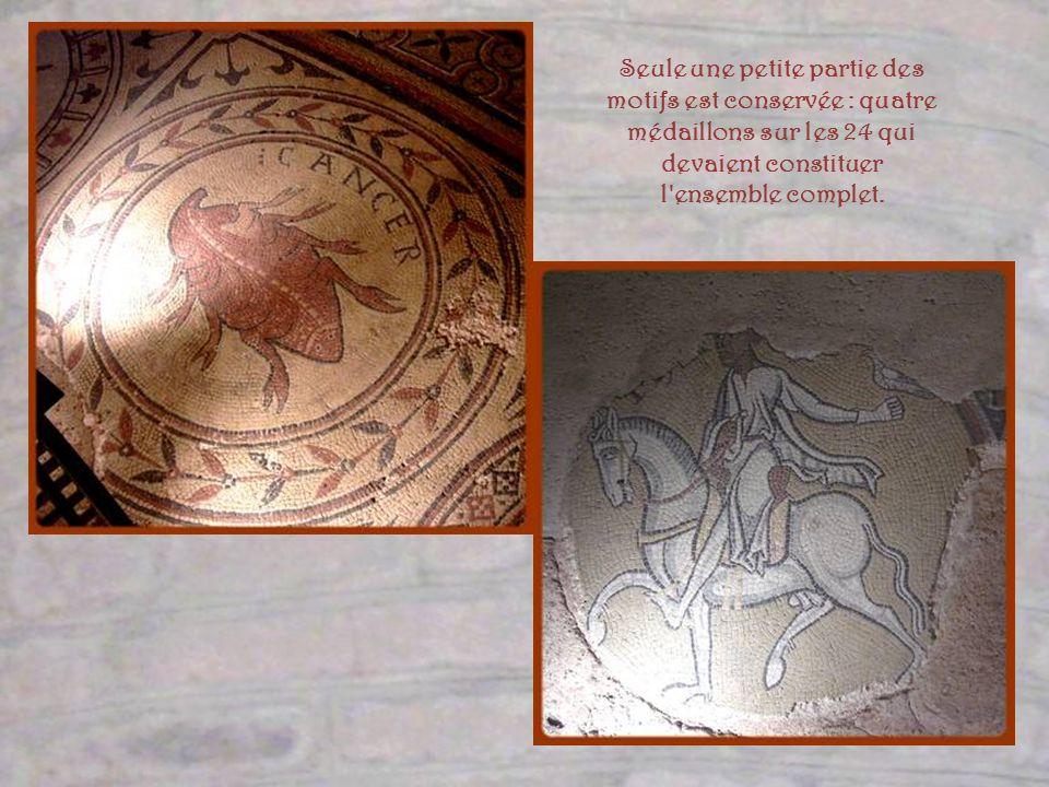 Seule une petite partie des motifs est conservée : quatre médaillons sur les 24 qui devaient constituer l ensemble complet.