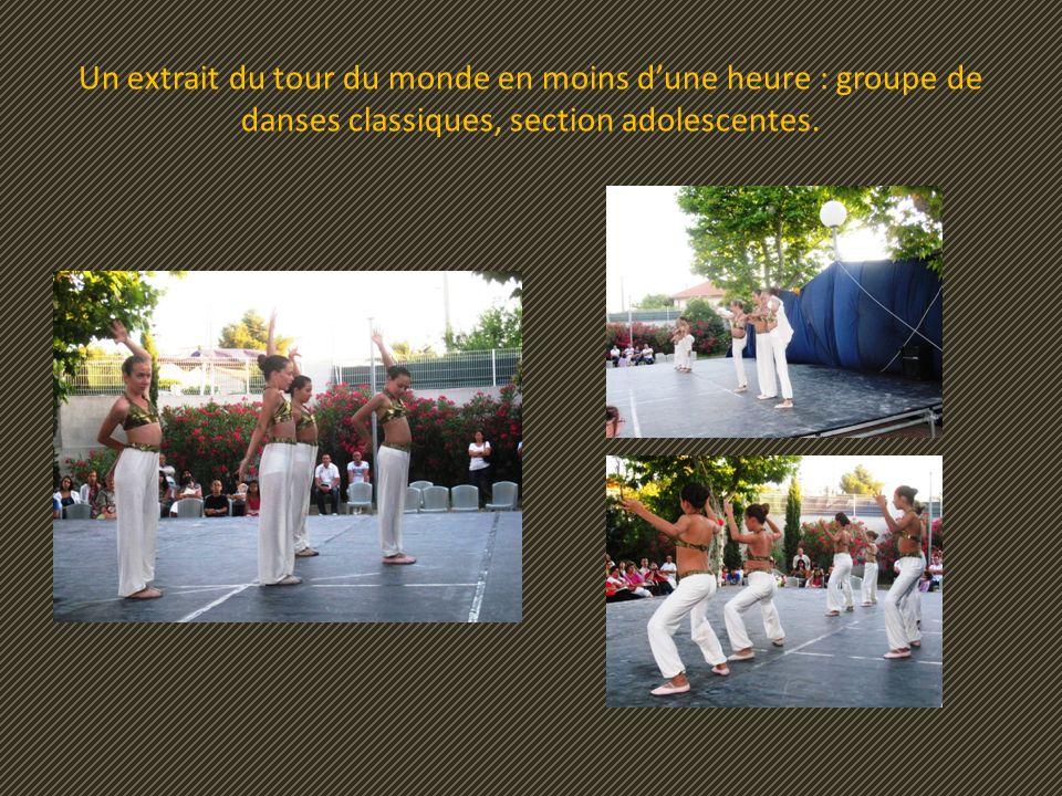 Un extrait du tour du monde en moins d'une heure : groupe de danses classiques, section adolescentes.