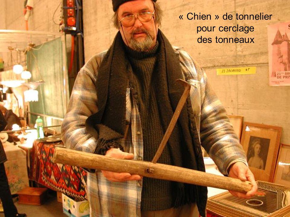 « Chien » de tonnelier pour cerclage des tonneaux