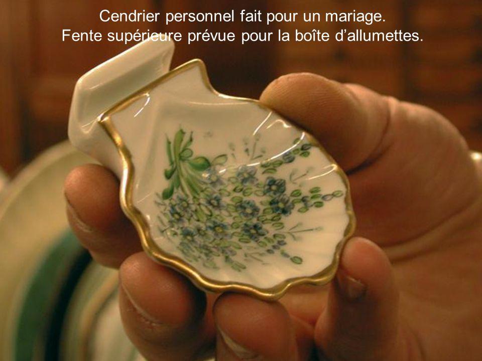 Cendrier personnel fait pour un mariage.