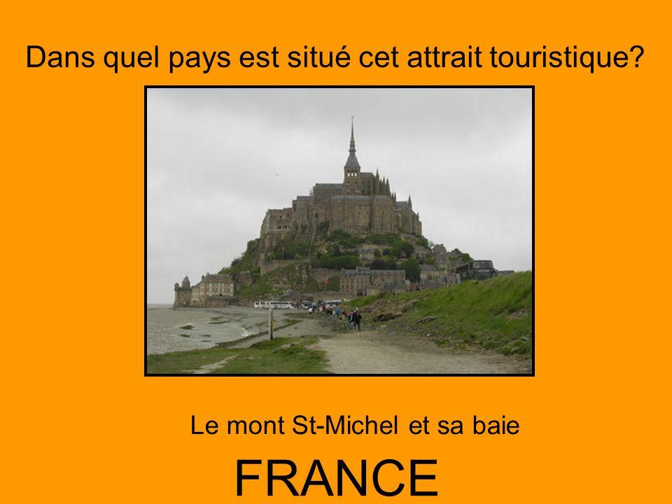 Le mont St-Michel et sa baie