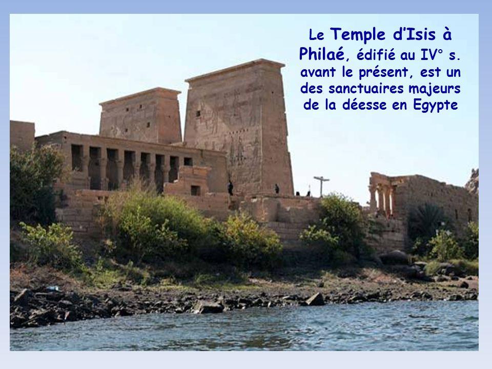 Le Temple d'Isis à Philaé, édifié au IV° s