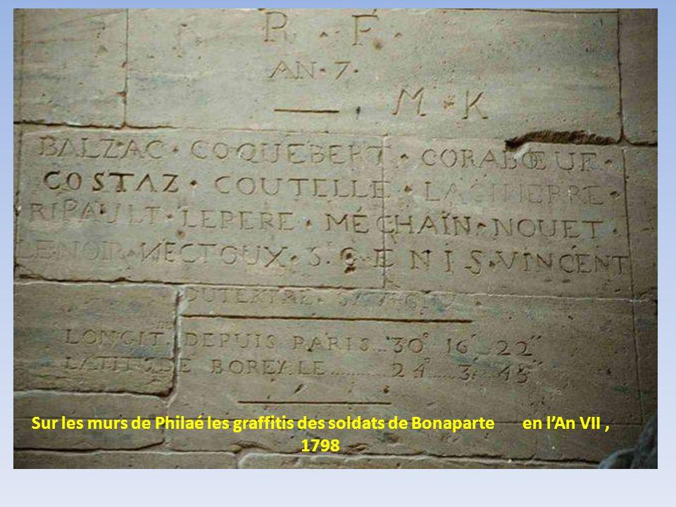 Sur les murs de Philaé les graffitis des soldats de Bonaparte en l'An VII , 1798