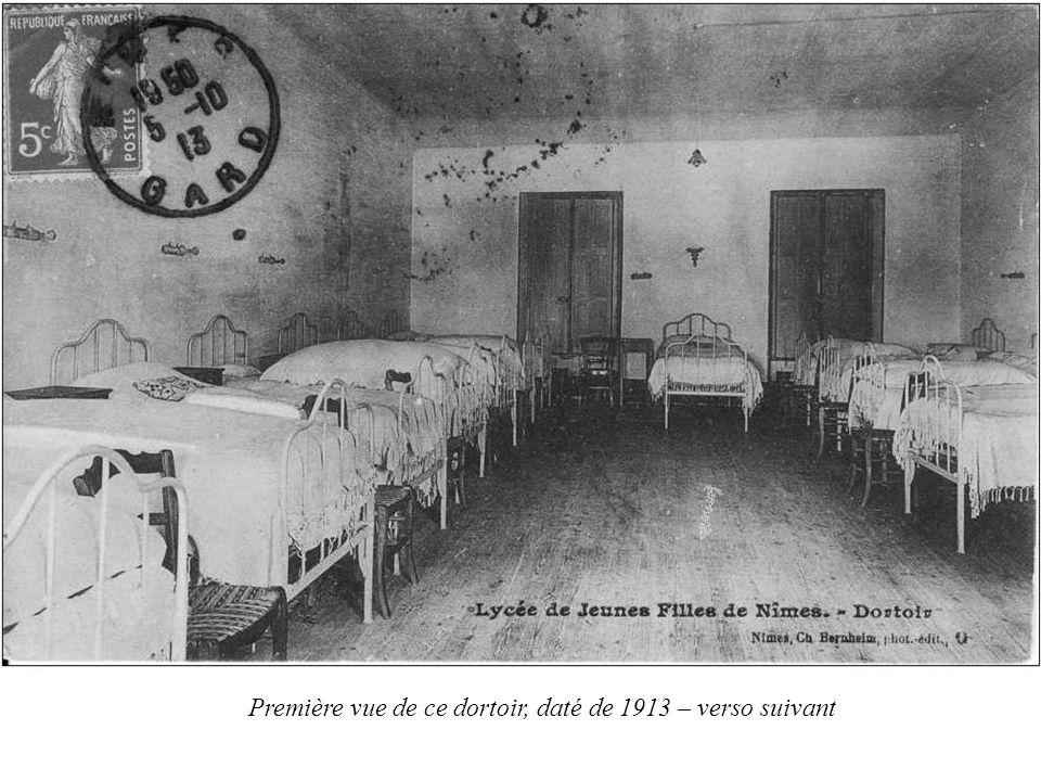 Première vue de ce dortoir, daté de 1913 – verso suivant