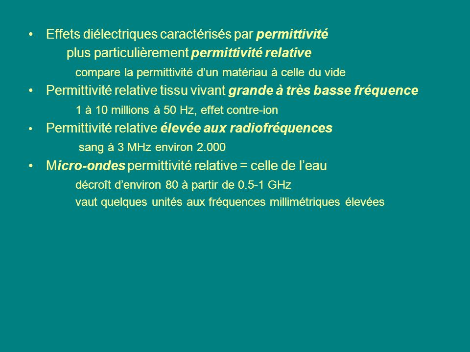 Effets diélectriques caractérisés par permittivité