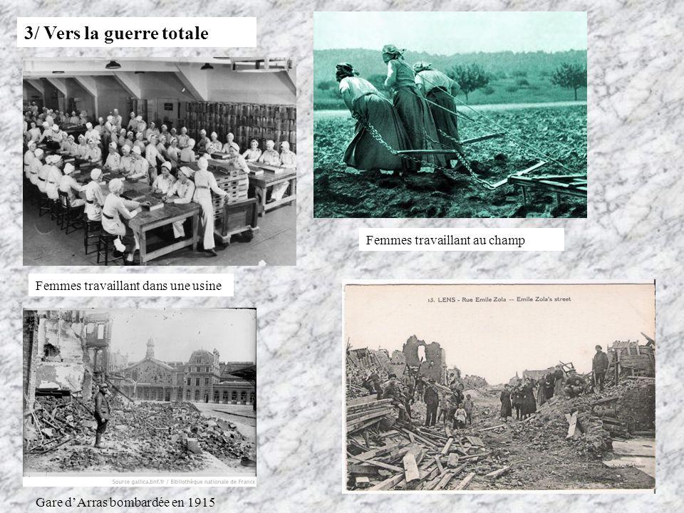 3/ Vers la guerre totale Femmes travaillant au champ