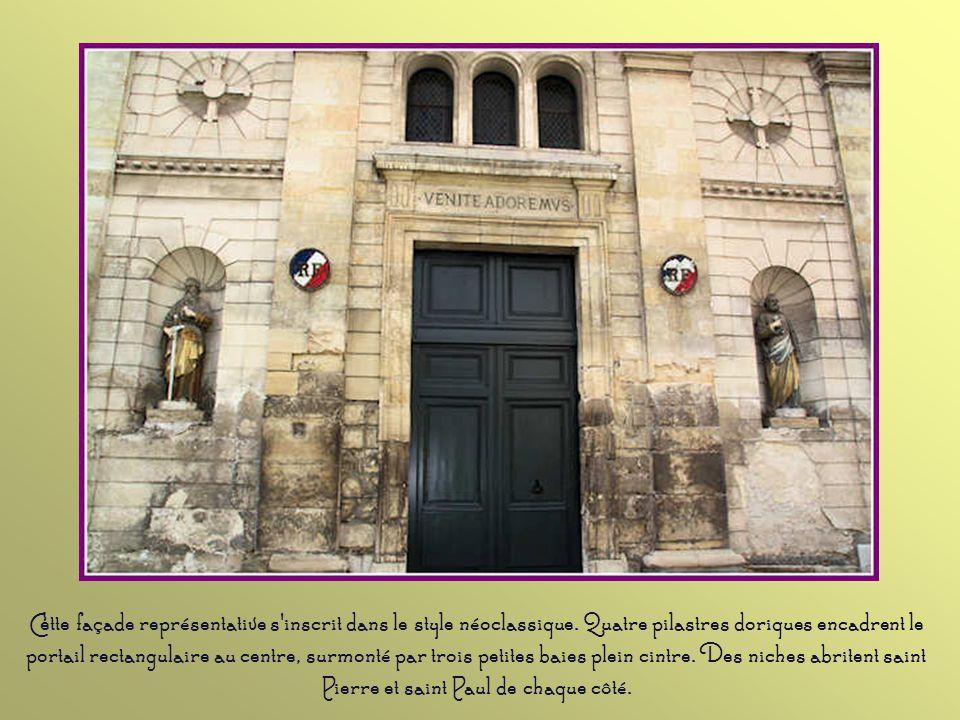 Cette façade représentative s inscrit dans le style néoclassique