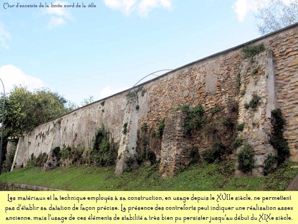 Mur d'enceinte de la limite nord de la ville