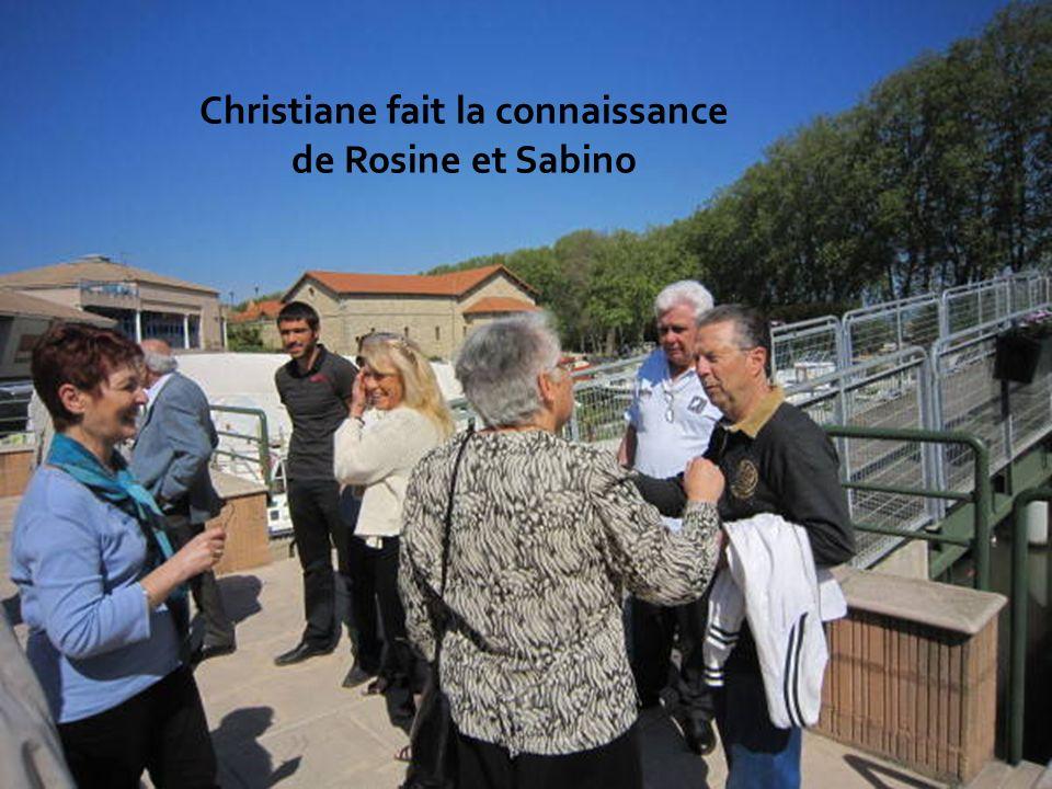 Christiane fait la connaissance de Rosine et Sabino