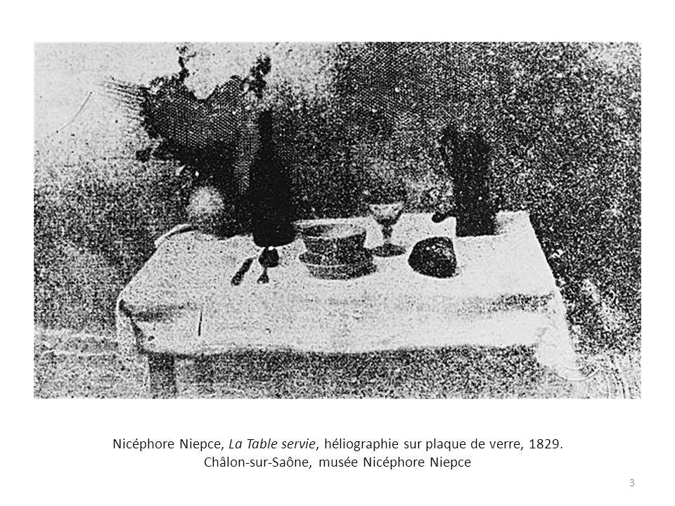Nicéphore Niepce, La Table servie, héliographie sur plaque de verre, 1829.