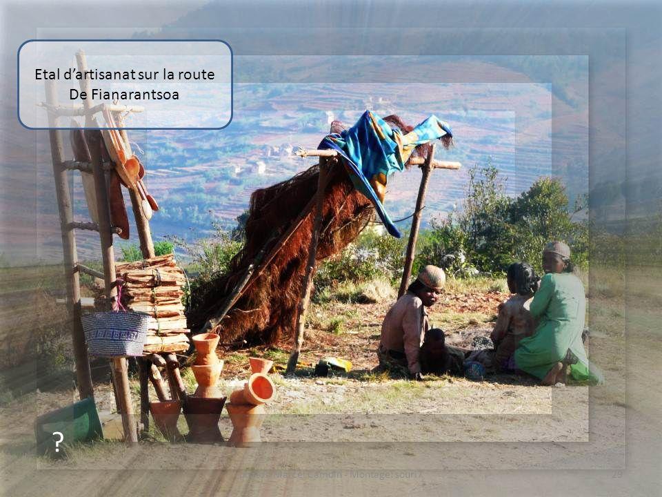 Etal d'artisanat sur la route De Fianarantsoa