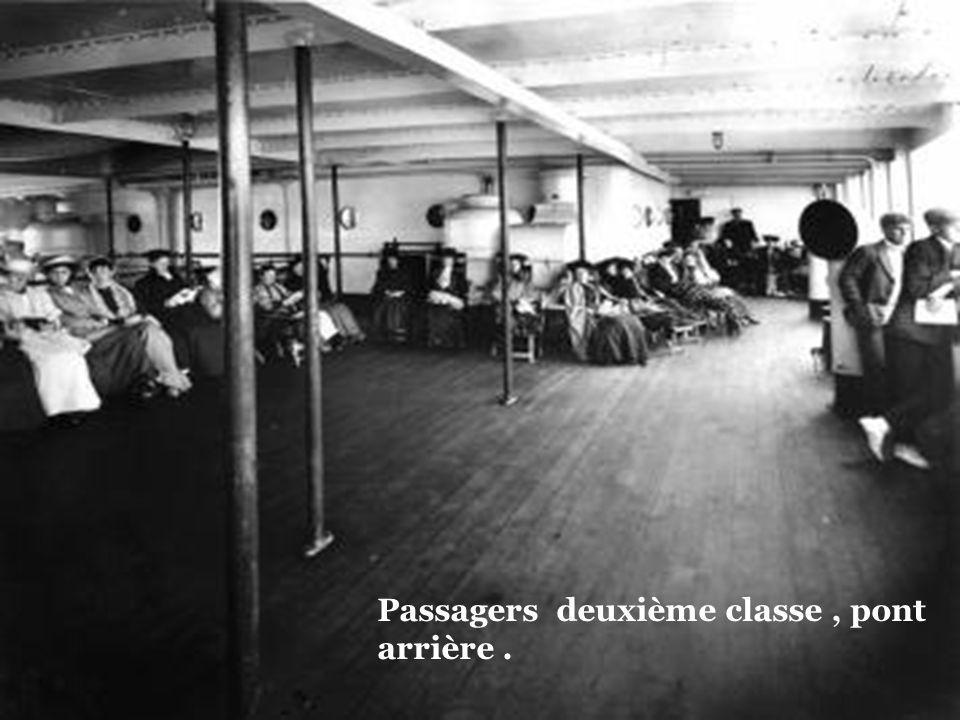 Passagers deuxième classe , pont arrière .