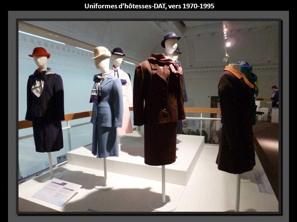 Uniformes d'hôtesses-DAT, vers 1970-1995