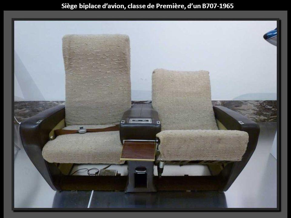 Siège biplace d'avion, classe de Première, d'un B707-1965