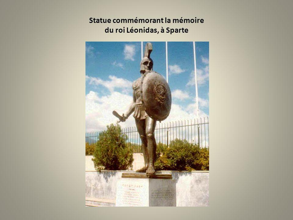 Statue commémorant la mémoire du roi Léonidas, à Sparte