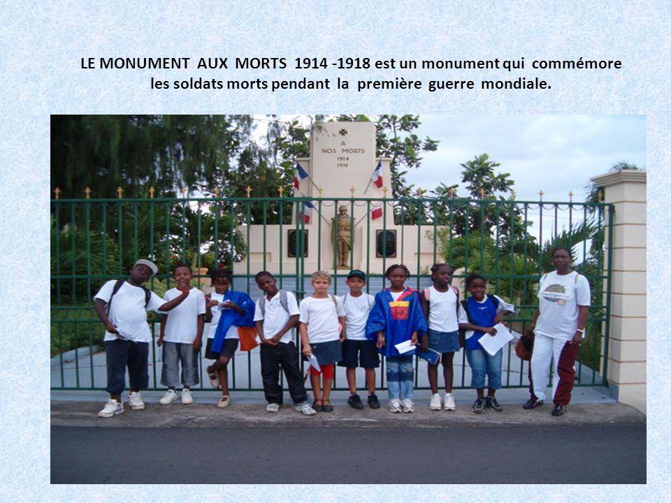 LE MONUMENT AUX MORTS 1914 -1918 est un monument qui commémore les soldats morts pendant la première guerre mondiale.