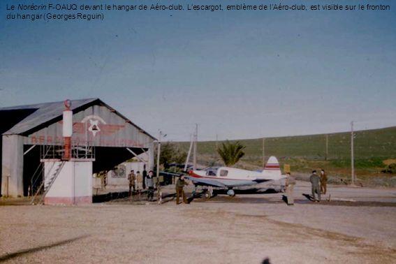 Le Norécrin F-OAUQ devant le hangar de Aéro-club