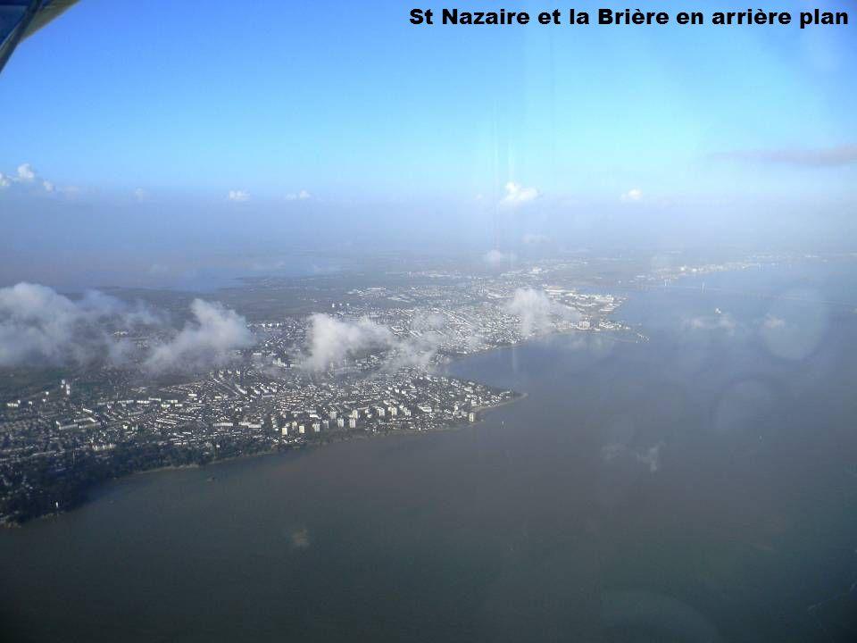 St Nazaire et la Brière en arrière plan