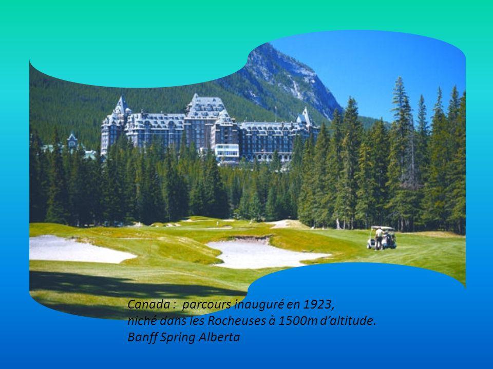 Canada : parcours inauguré en 1923, niché dans les Rocheuses à 1500m d'altitude.