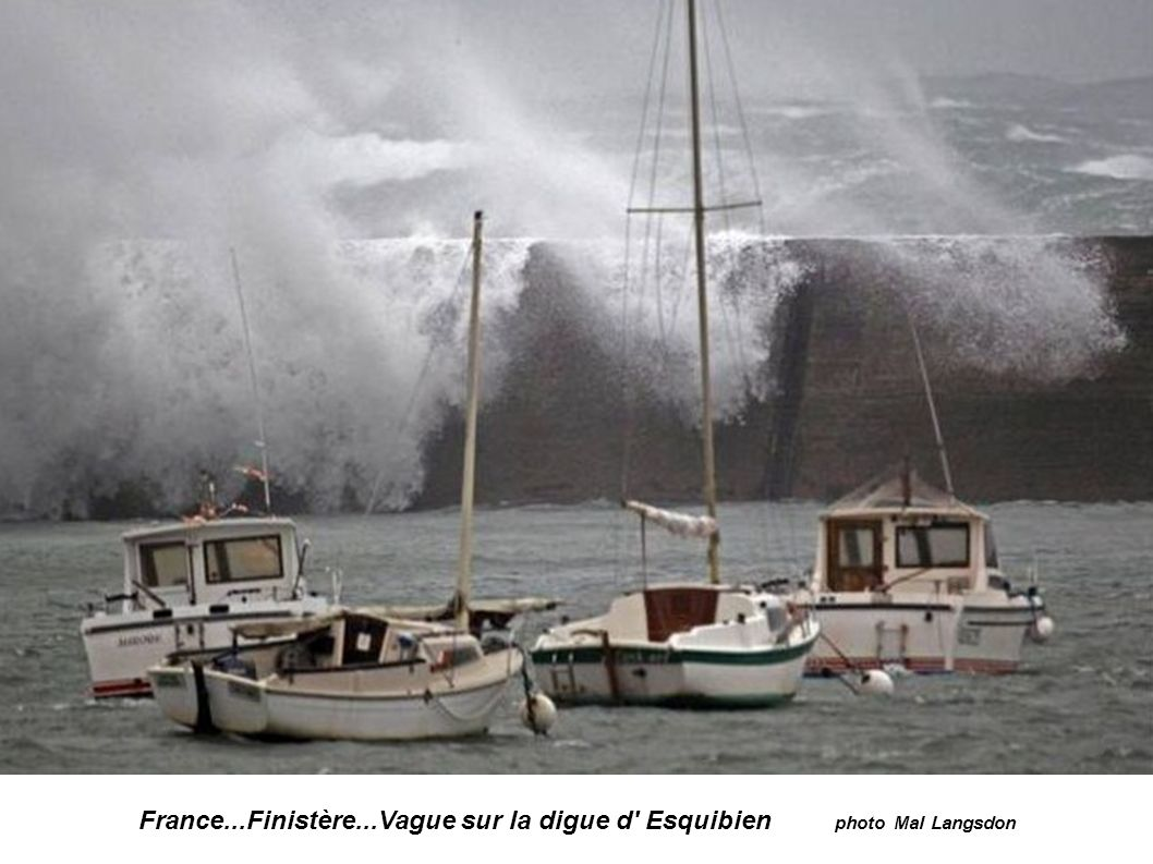 France...Finistère...Vague sur la digue d Esquibien photo Mal Langsdon