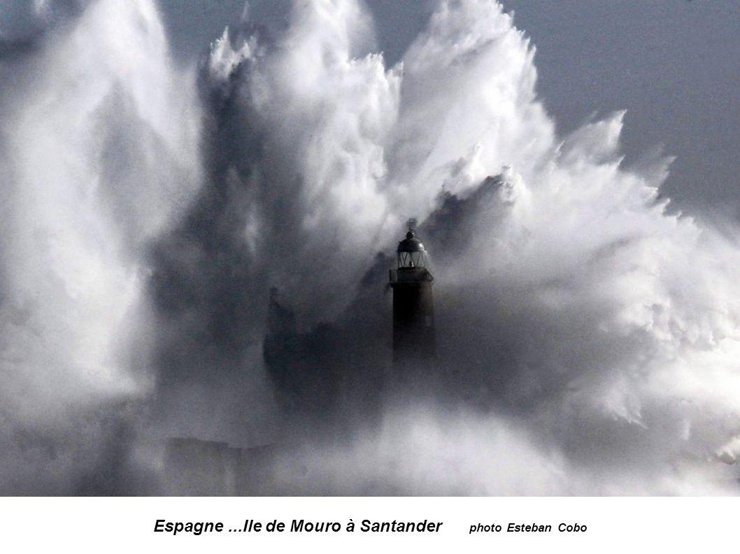 Espagne ...Ile de Mouro à Santander photo Esteban Cobo