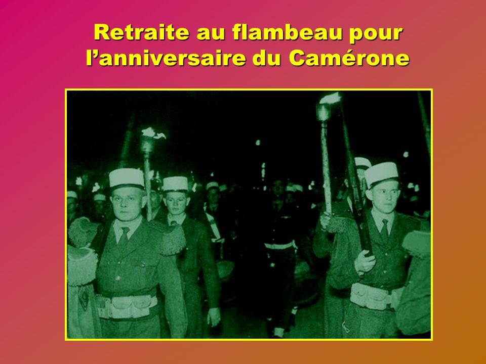 Retraite au flambeau pour l'anniversaire du Camérone