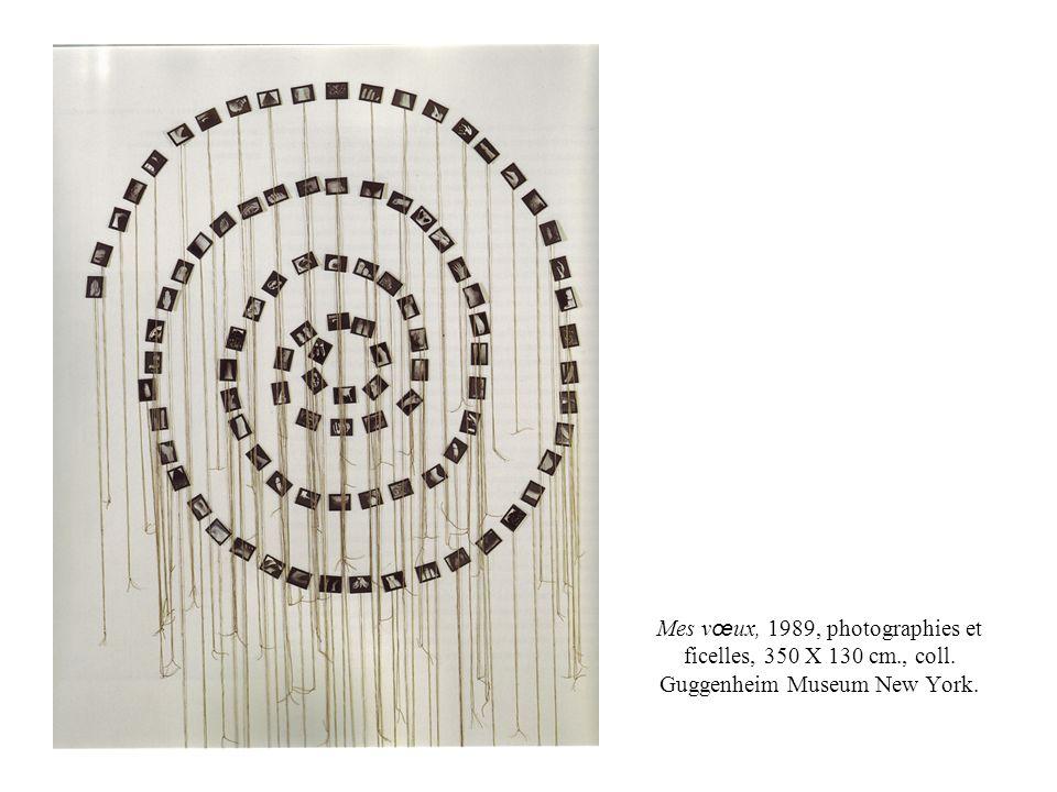 Mes vœux, 1989, photographies et ficelles, 350 X 130 cm. , coll