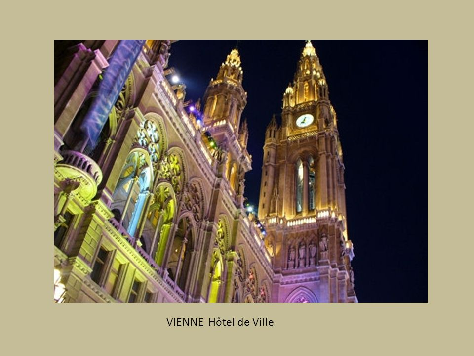 VIENNE Hôtel de Ville