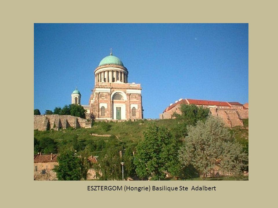 ESZTERGOM (Hongrie) Basilique Ste