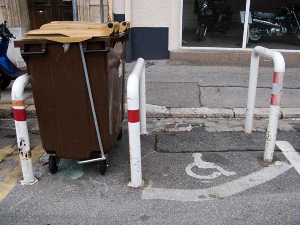 Marseille l'insolite Tias raison ! Un commissariat dans un hôtel,