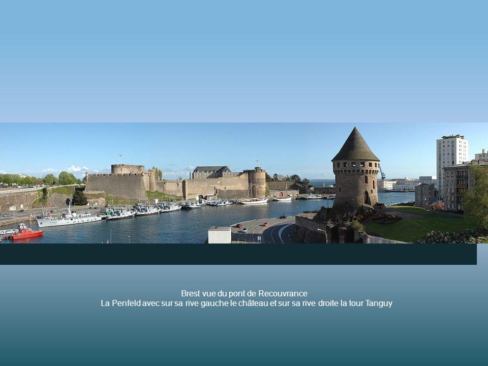 Brest vue du pont de Recouvrance