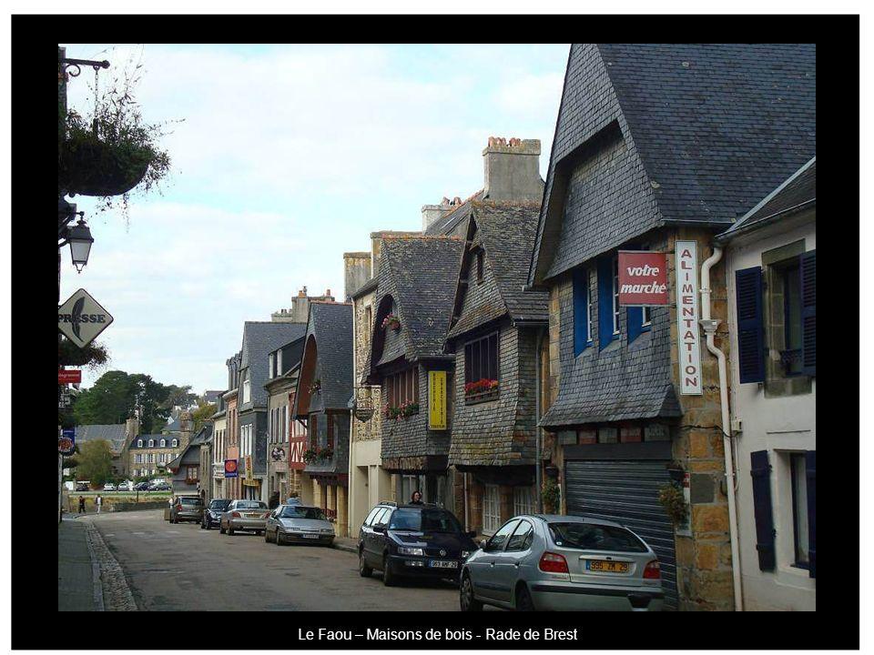 Le Faou – Maisons de bois - Rade de Brest