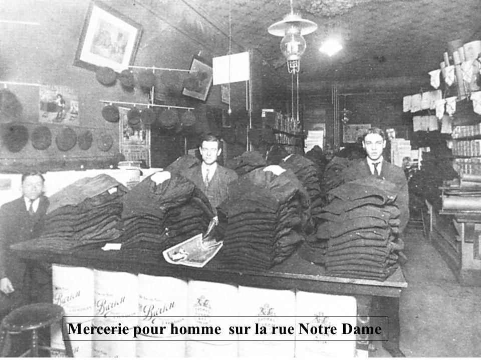 Mercerie pour homme sur la rue Notre Dame